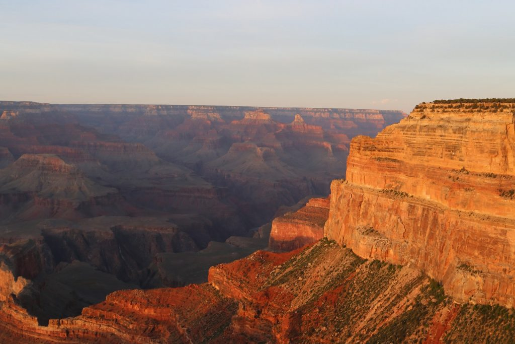 Grand Canyon National Park Travel Tips to help you plan your Arizona Vacation. Things to do, photography, hiking and more!